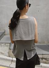 Sleeveless shirts Blouse